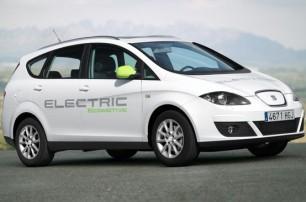 Seat presenta su primer coche totalmente eléctrico y un híbrido enchufable Seat-altea-xl-electric-ecomotive-1p_73_rotador