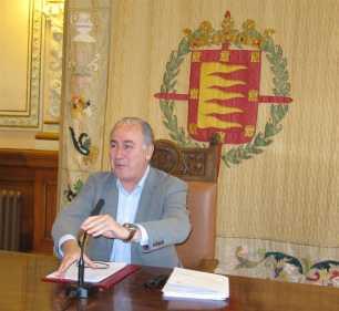 Los taxistas de Valladolid renuncian a las ayudas para la compra de coches eléctricos