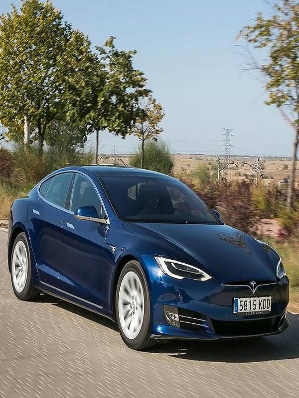 Los Tesla Model S con problemas en el sistema de dirección