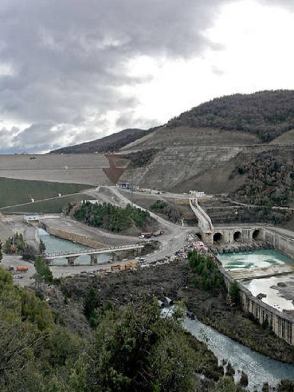 Medio Ambiente garantiza la seguridad de las obras del embalse de Yesa (Navarra)