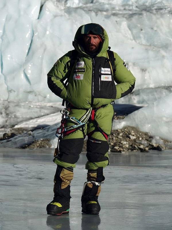 El alpinista Alex Txikon analiza la