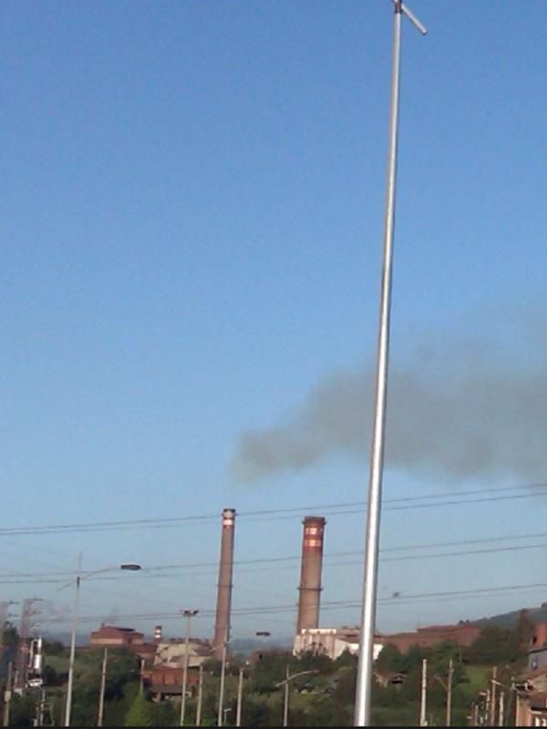 Esta noche se disparó un 450% la contaminación en Gijón
