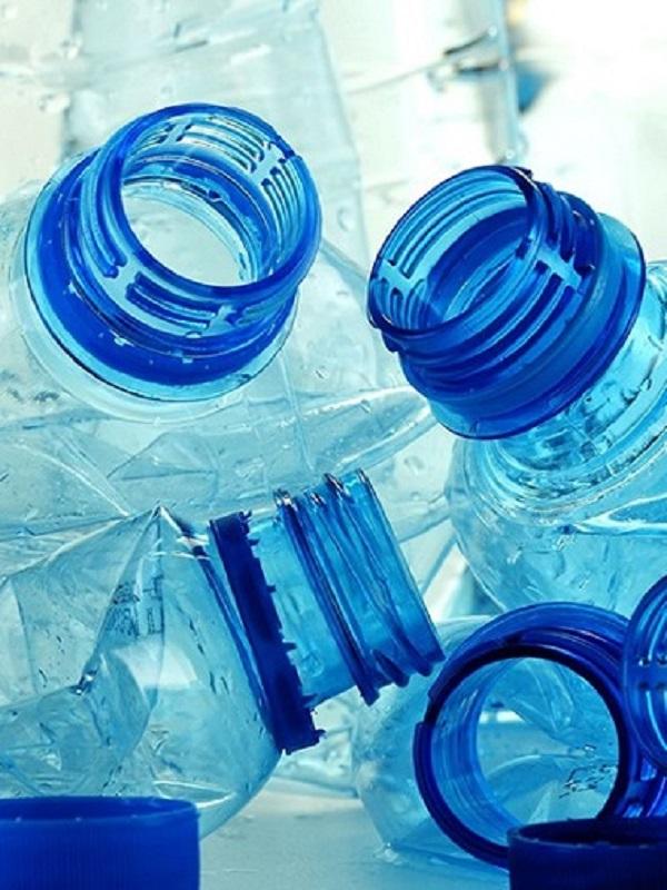 Hay que frenar la contaminación por plásticos