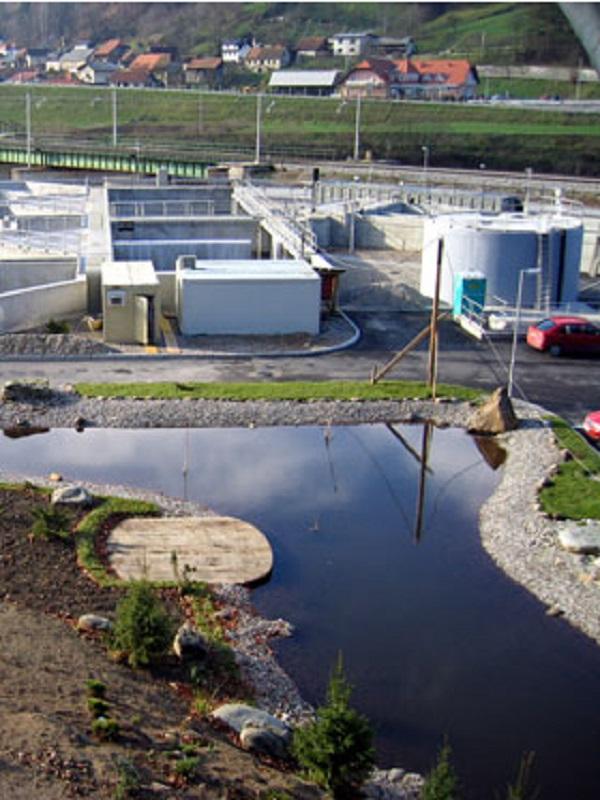 No se puede permitir un puerto deportivo en la reserva de Villaviciosa sin tratamiento alguno para las aguas
