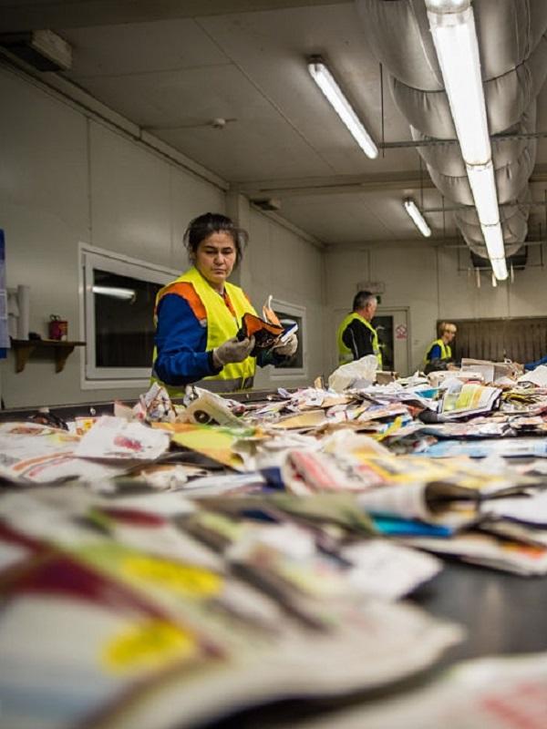 La ULE propone una gestión de residuos que favorece el medio ambiente y genera beneficios