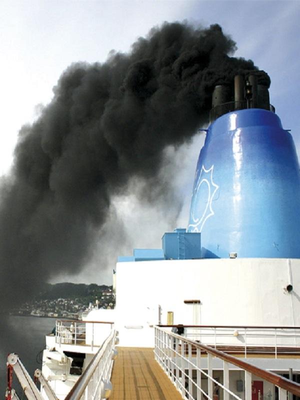 Piden al Gobierno español que apoye un Área de Control de Emisiones en el Mediterráneo