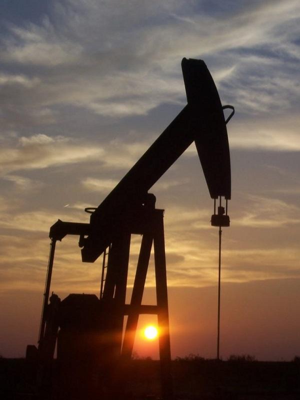 Las petroleras al borde de un ataque de nervios por la sensata recomendación de expertos de subir un 28% el diesel