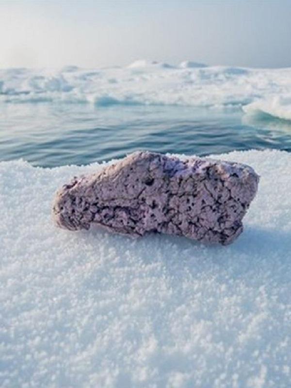 ¿Cuál es el origen de los microplásticos del Ártico?