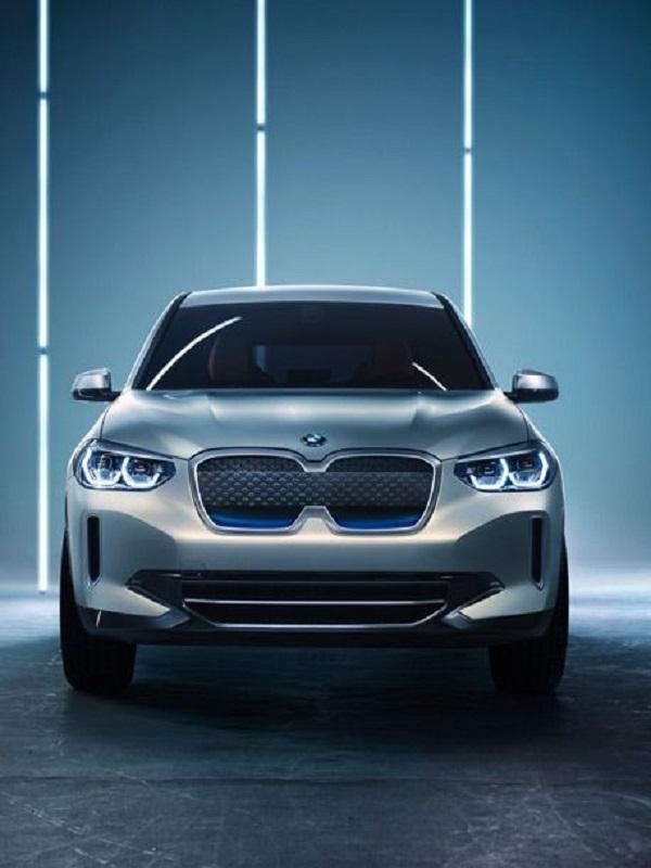 BMW presenta el eléctrico Concept iX3