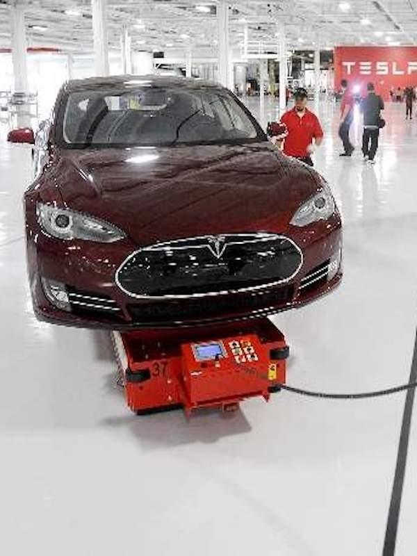 Tesla negocia con Alemania y Holanda la apertura de su primera gigafactoría en Europa