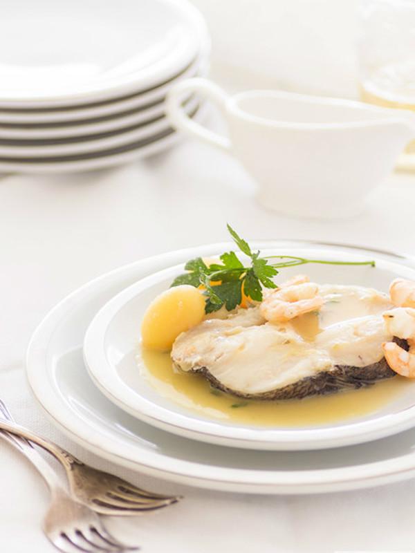 Comer en platos pequeños no necesariamente hace que comamos menos