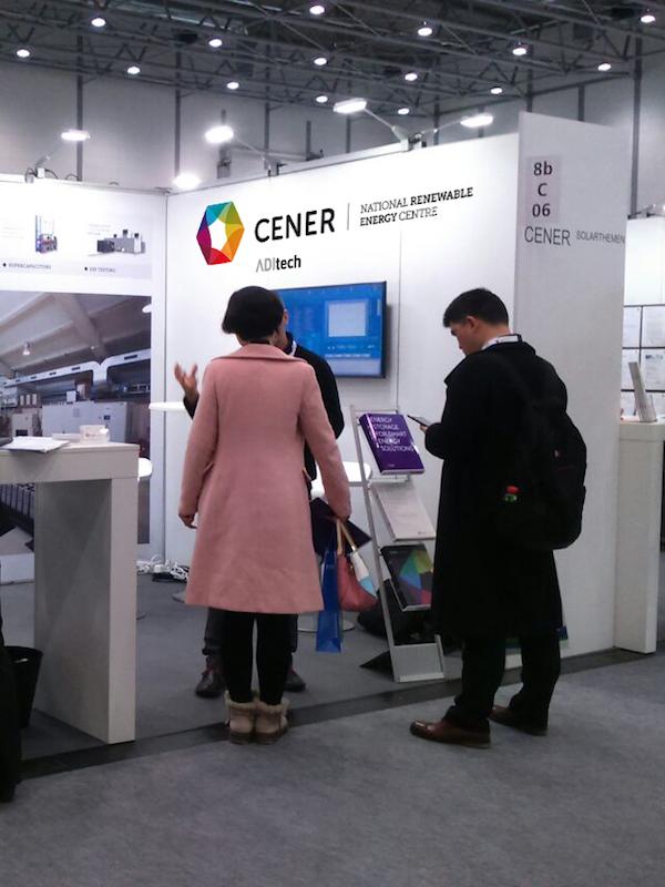 La nueva ministra de Industria se interesa por las actividades e infraestructuras de I+D de CENER