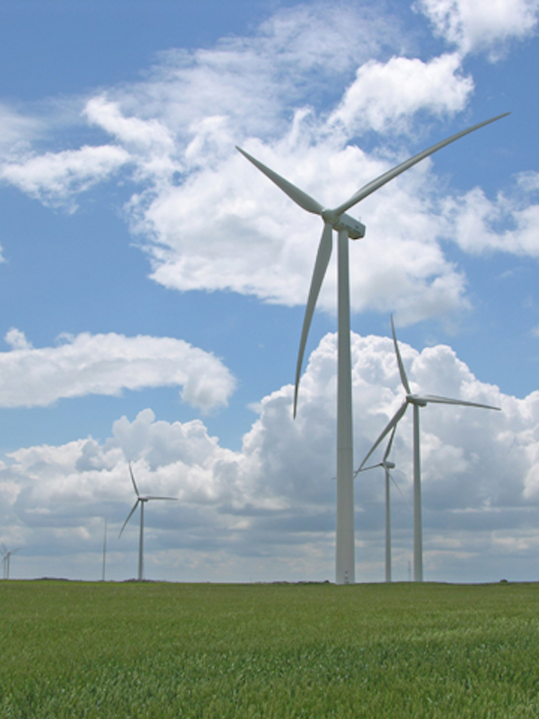 Endesa invertirá 425 millones de euros en Aragón para construir 13 parques eólicos antes de 2019