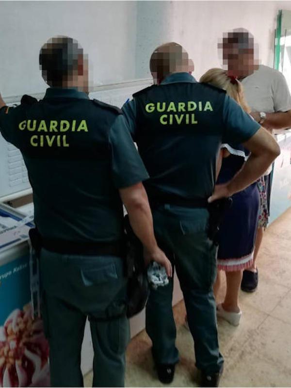La Guardia Civil halla 600 kilos de pulpo sin control sanitario en un resturante de Santa Pola