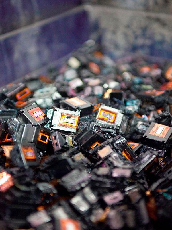 OCU avisa que los establecimientos tienen la obligación de facilitar el reciclaje de los cartuchos de tinta y tóner