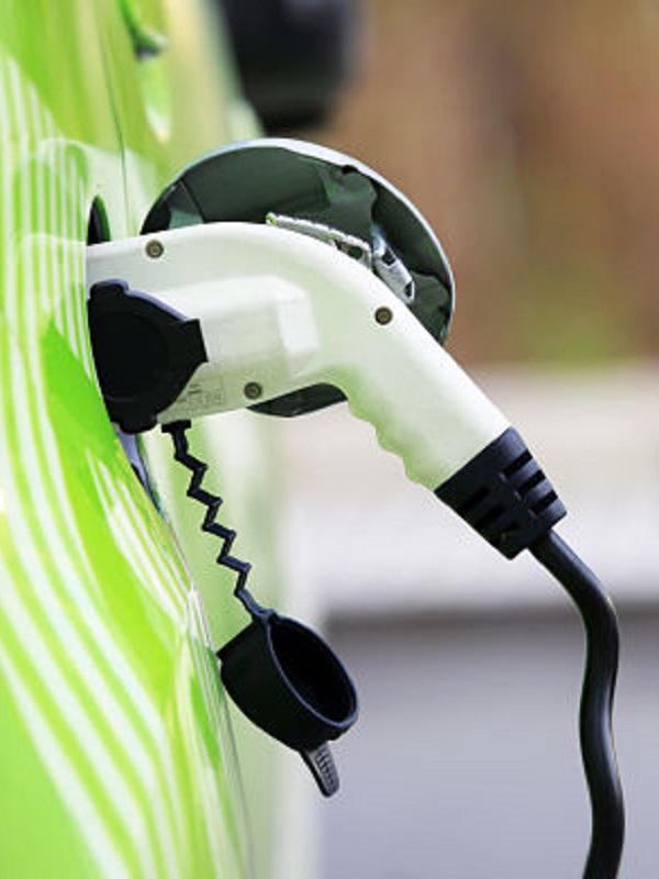 Citroën dice que las ayudas del Gobierno a los eléctricos son