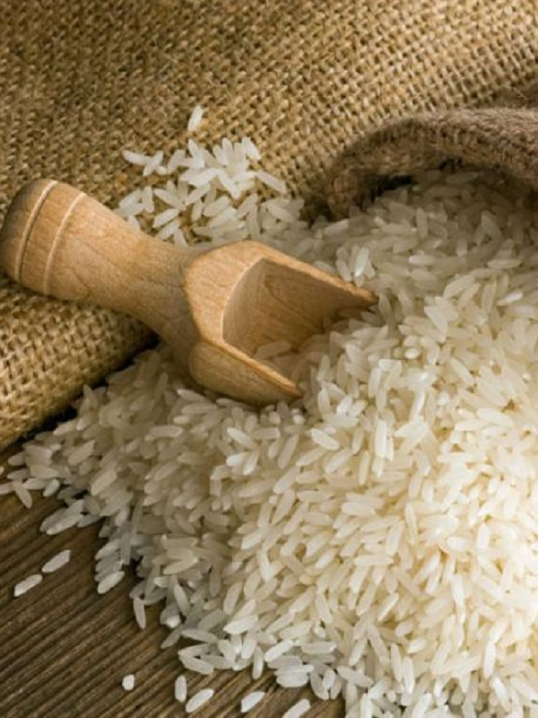 El arroz, la carne a la barbacoa, y el agua potable pueden contener toxinas