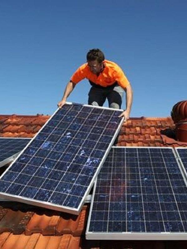España autoriza la tramitación urgente de las condiciones técnicas y administrativas del autoconsumo de energía