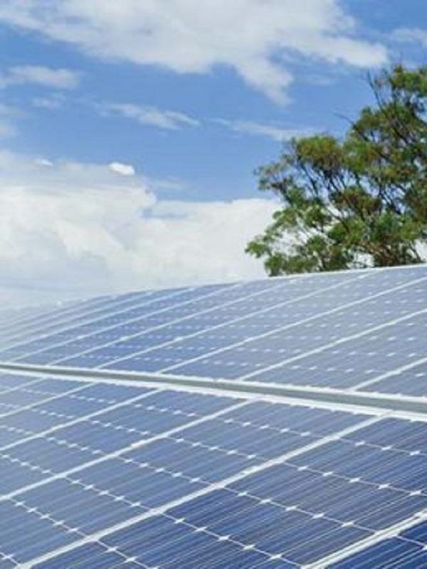 Neinor ofrecerá placas fotovoltaicas en sus viviendas aprovechando el fin del 'impuesto al sol'