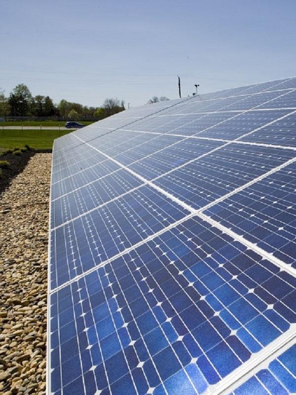 Baleares recibirá fondos para incentivar proyectos renovables con parques fotovoltaicos