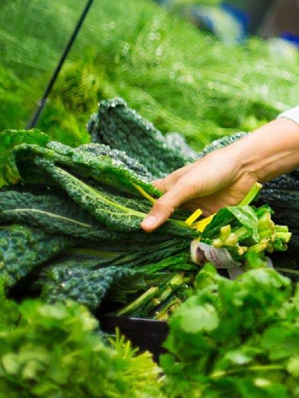 Vegetales de hoja verde contra el hígado graso