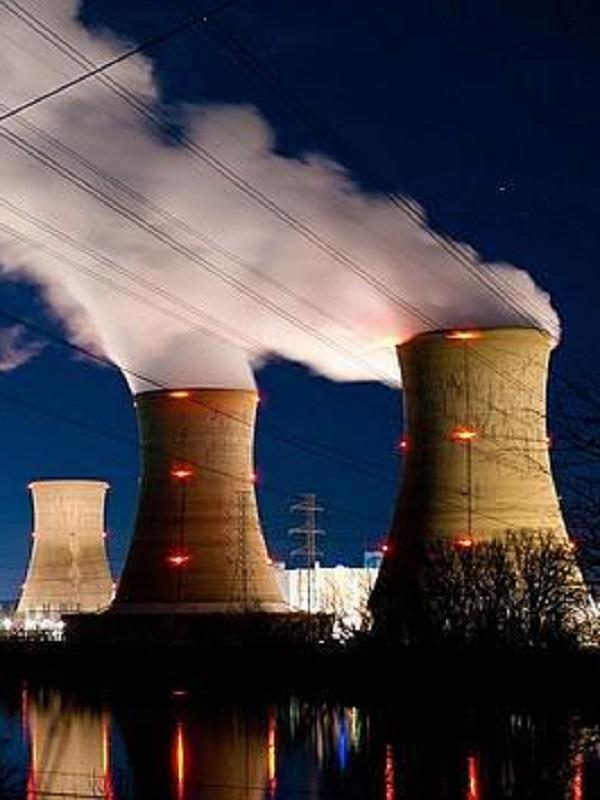 Europa da luz verde a miles de millones de subvenciones a las energías sucias y peligrosas