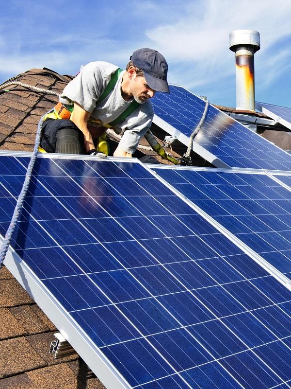 Familia Torres conecta la instalación de autoconsumo fotovoltaico de Pacs del Penedès (Barcelona)