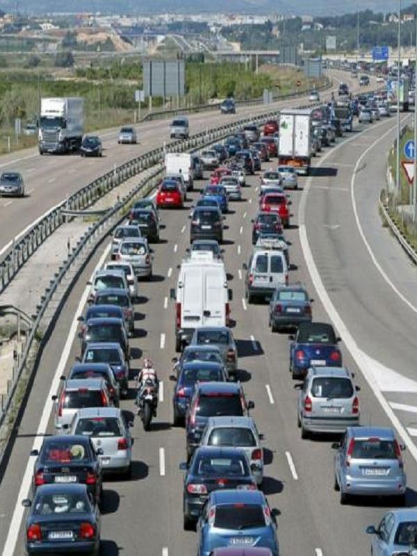 C's achaca los endémicos atascos en el norte de Madrid a una nefasta previsión