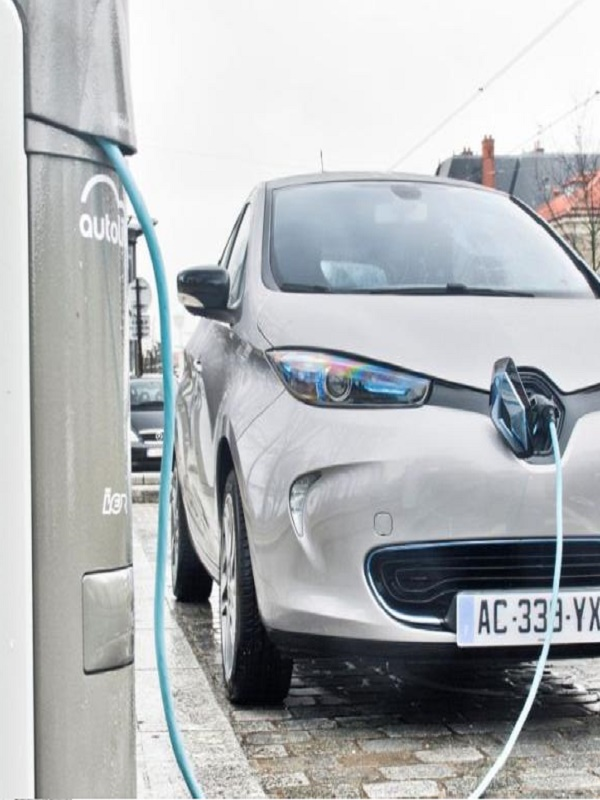 Asturias implementa una red de recarga rápida de baterías para coches eléctricos