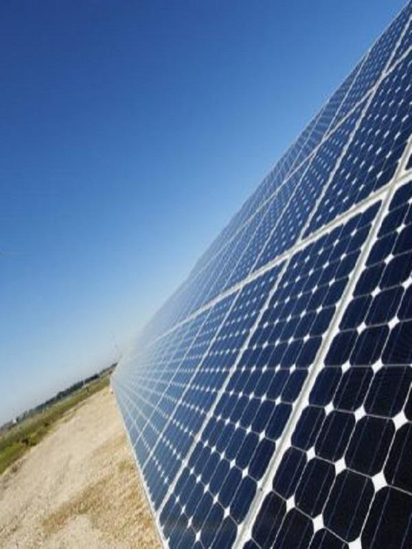 Los Gobiernos del PP pueden y deben resarcir los perjuicios graves y continuados al sector fotovoltaico