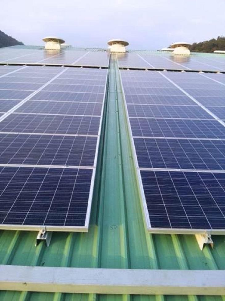 España, multazo y ridículo estrepitoso por los recortes a las renovables