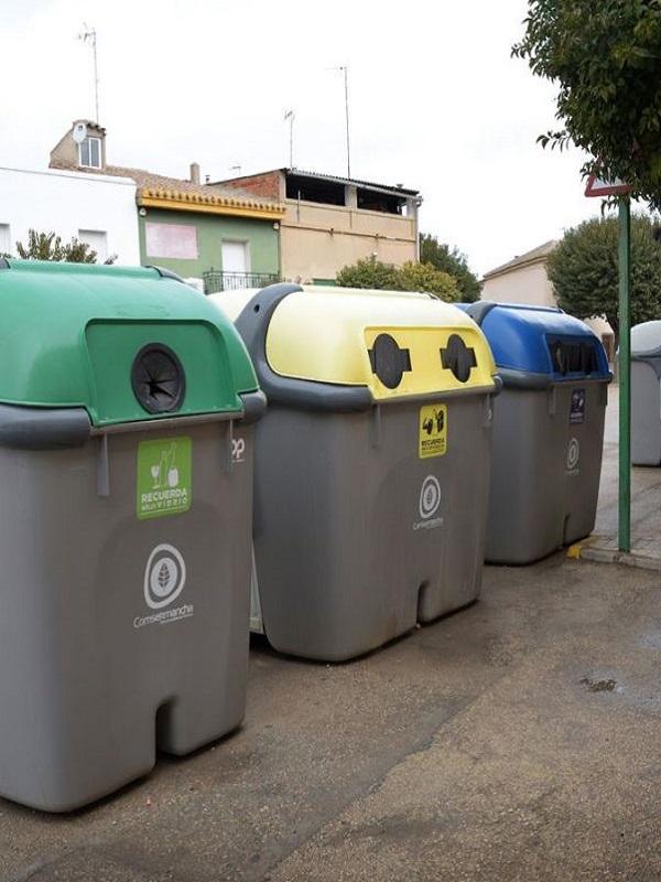 Barcelona comienza este lunes la recogida selectiva de residuos puerta a puerta en Sarrià