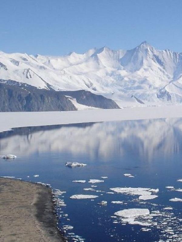 Nuevo mapa satélite mide la descarga de hielo en la Antártida