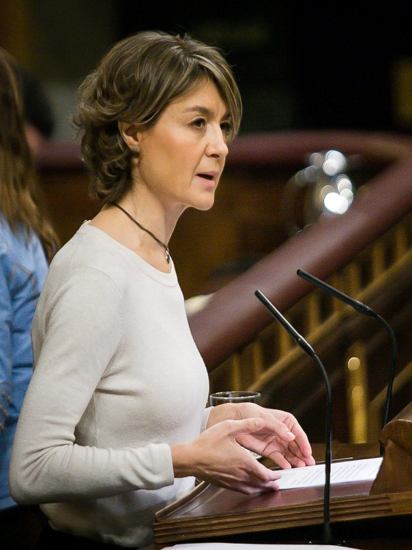 Eurodiputados denuncian ante el Consejo de la UE los conflictos de intereses de Tejerina sobre fertilizantes