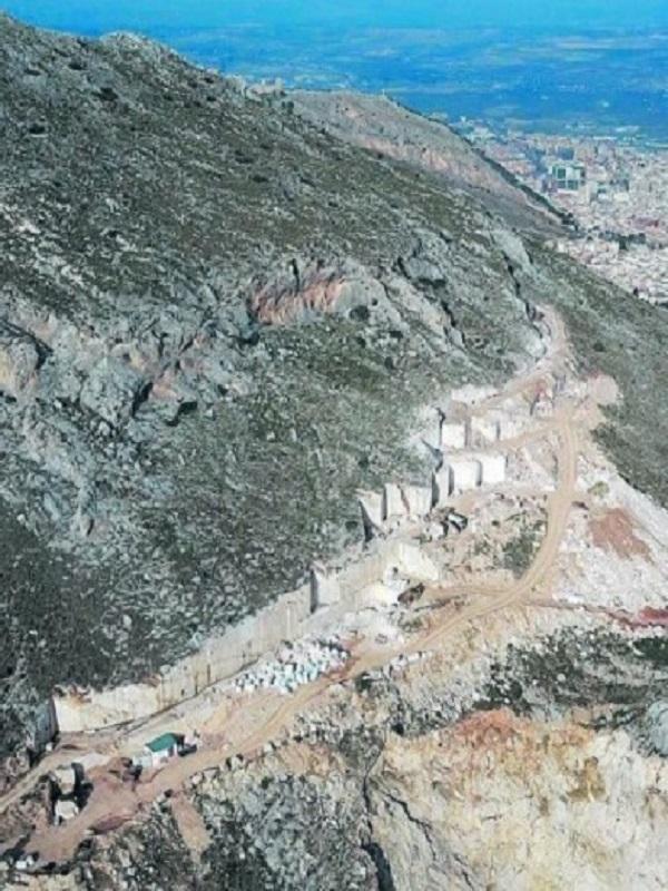 Fiscalía ve indicios de delito continuado contra el Medio Ambiente en la cantera Fuente de la Peña