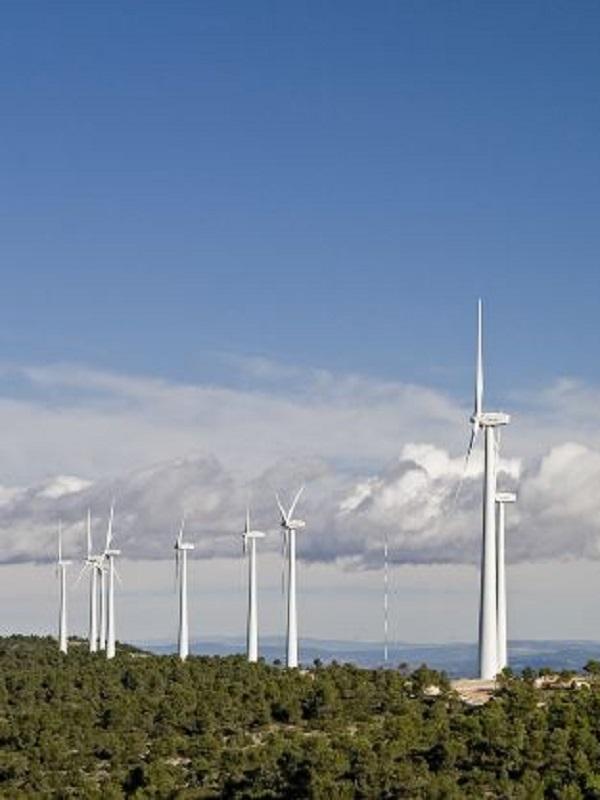 Acciona ve intolerable volver a recortar la retribución a las energías renovables