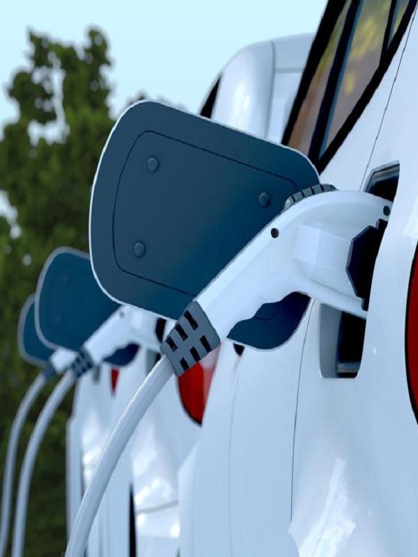 Baleares, lluvia de millones para crear una red de puntos de recarga de coches eléctricos