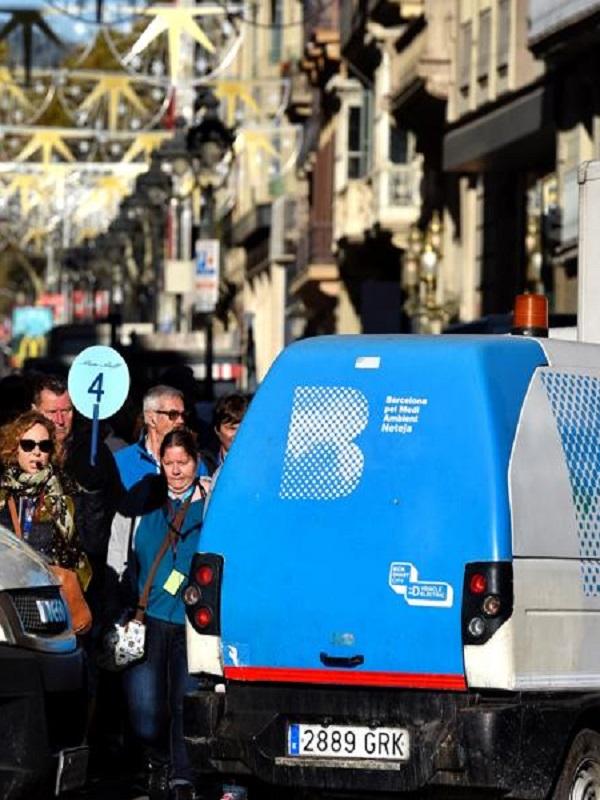Barcelona se plantea reducir un 20% el uso del coche en Ciutat Vella en 2023