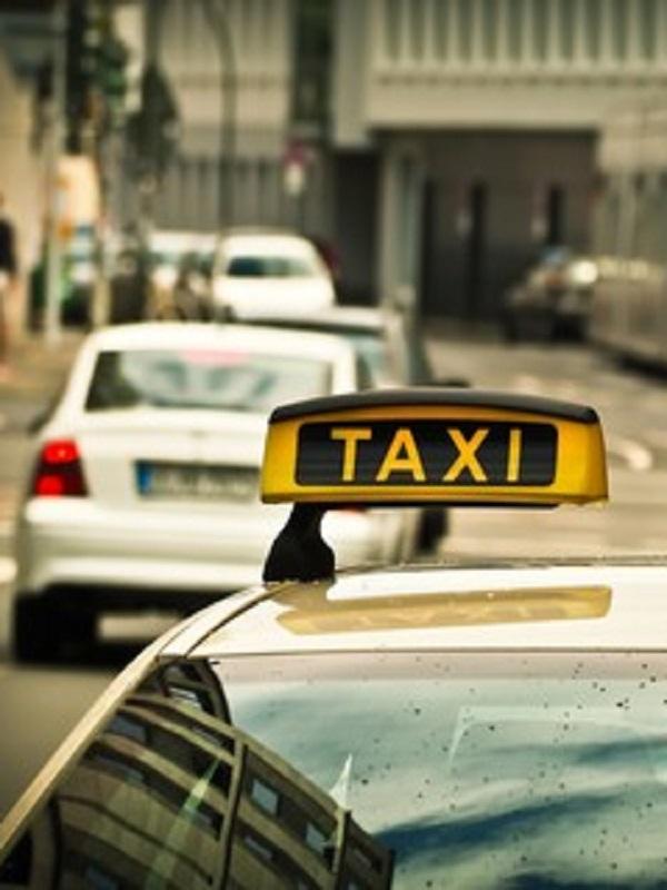 El Ayuntamiento de Madrid subvenciona la compra de taxis CERO y ECO