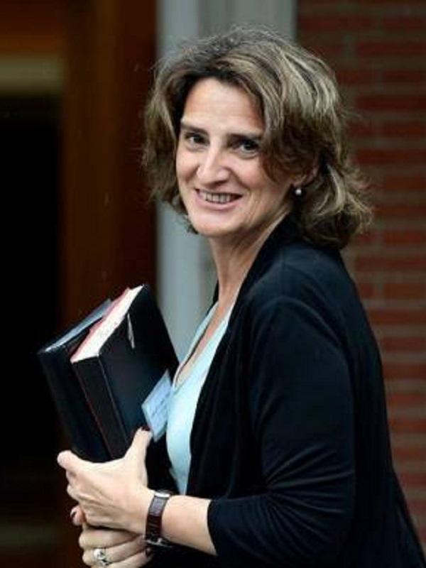 Teresa Ribera se pone de perfil con el timo del Proyecto Castor