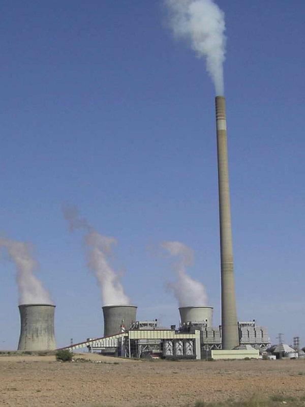 La plataforma Un Futuro sin Carbón demanda a Endesa un calendario de cierre de sus centrales térmicas de carbón