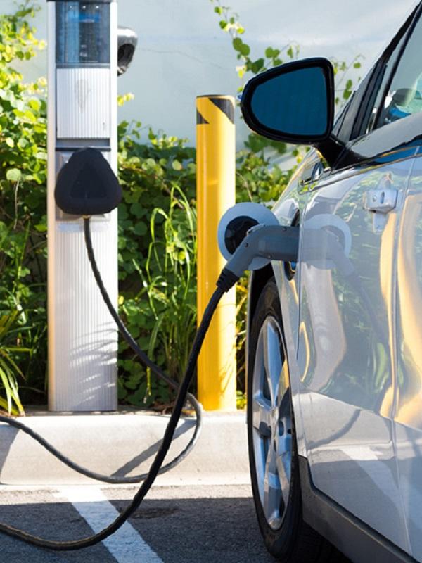 Dos de cada tres países europeos no ofrecen ayudas para electrolineras