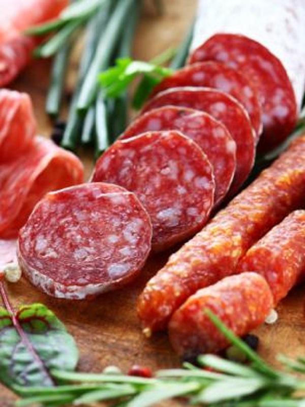 Las carnes procesadas producen hiperactividad o insomnio