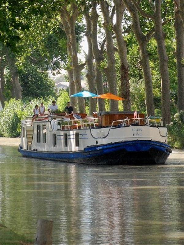 Sube el número de turistas en recorridos fluviales
