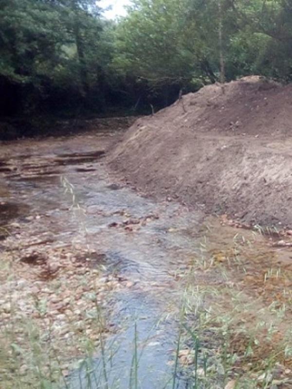 Asturias. El Ayuntamiento de Llanes sancionado por destrozar la playa de Cuevas del Mar