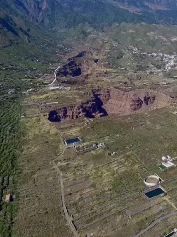 Canarias. Vecinos de Castillo del Romeral exigen cierres y precintos de las machacadoras del barranco