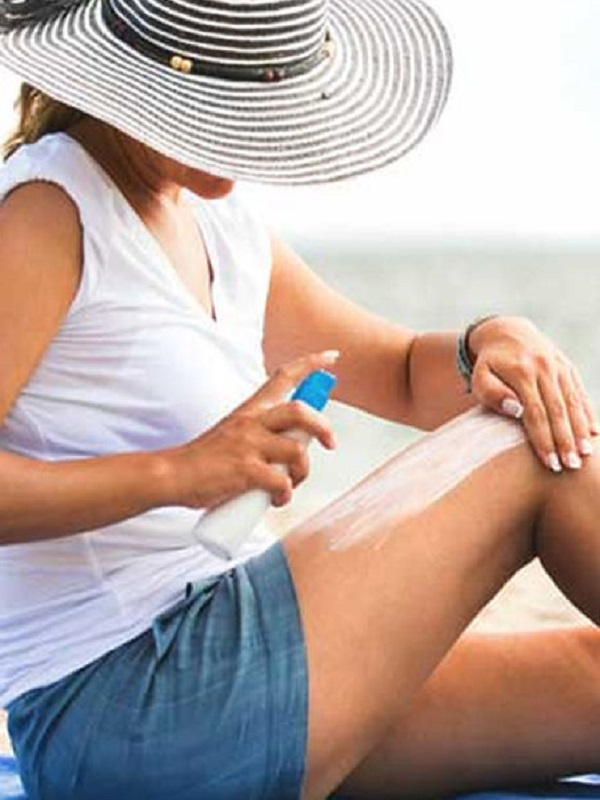 Cuando tomes el sol te aconsejamos el uso de un filtro solar más alto para bloquear los rayos cancerígenos