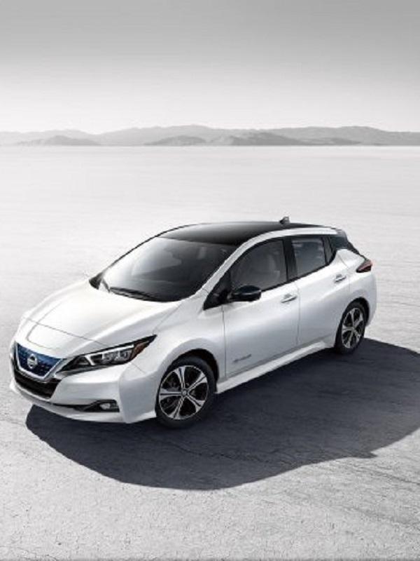 Nissan entrega en Madrid el Leaf número 100.000 de Europa