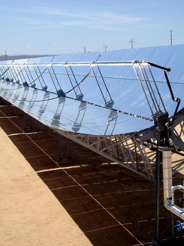 La energía termosolar ahorraría cientos de millones al sistema