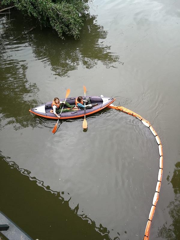 El río Henares hasta las cejas de basura y residuos